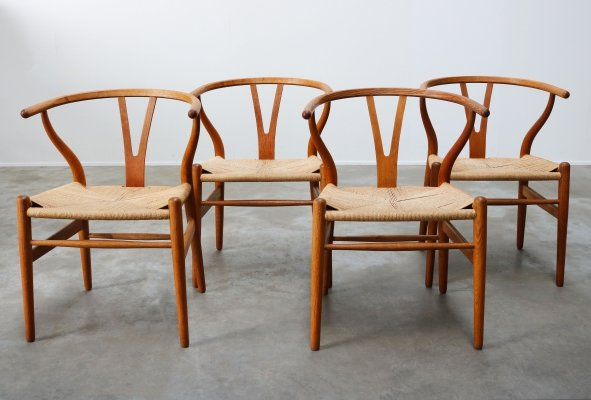 Set of four oak CH24 'Wishbone chairs' by Hans J. Wegner for Carl Hansen, 1960