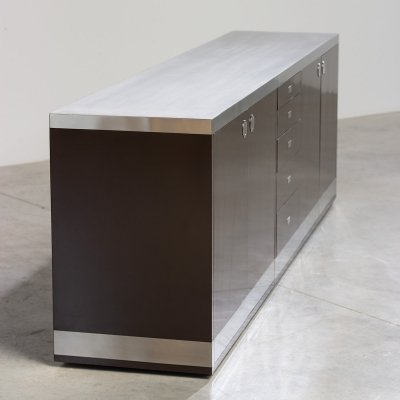 Willy Rizzo Chocolate brown Formica & stainless steel sideboard, 1970s