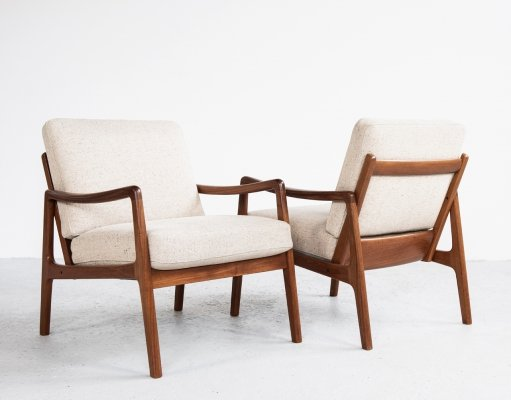 Pair of arm chairs by Ole Wanscher for France & Son, 1960s