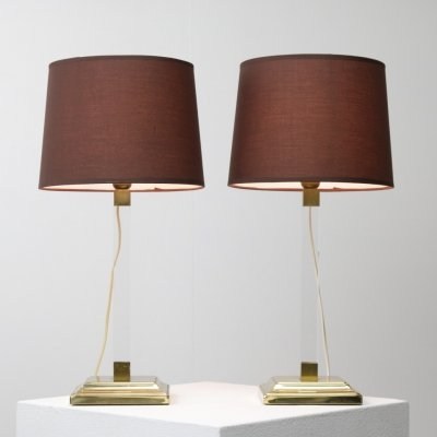 Pair of Hollywood regency style table lamps in brass & lucite, 1970s