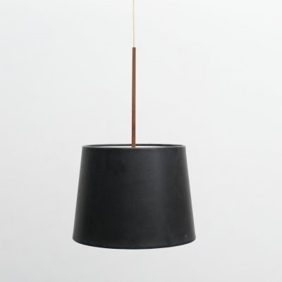 Pendant with lampshade in black leather with wooden shade holder