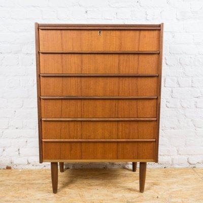 Teak chest of drawers by Hanbjerg Mobelfabrik