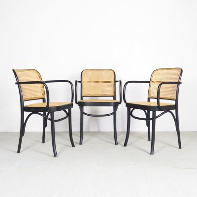 Set of 3 Thonet Prague A811 Bentwood armchairs by Josef Hoffman