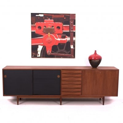 29 A Sideboard with reversible doors by Arne Vodder for Sibast