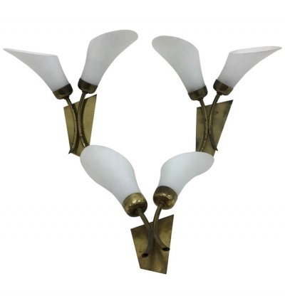 Mid-Century Modern Brass & White Glass Tulip Wall Sconces, Italy 1950
