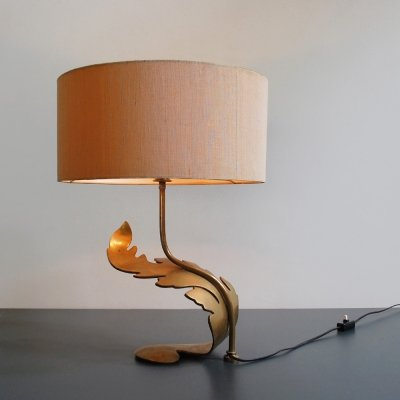 1950s decorative table lamp with sculptured brass leaf stand