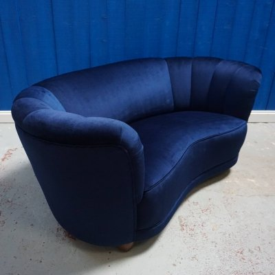 Mid Century Love Seat / Banana Sofa in Navy Blue Tweed, 1960's