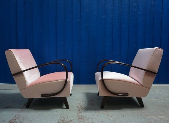 Pair of Jindrich Halabala for Thonet Bentwood Armchairs in Pink Velvet, 1930