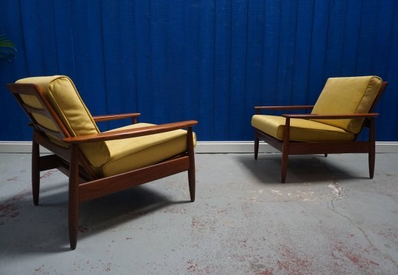Pair of Mid Century Danish Loungers in Goldenrod Velvet, 1960s