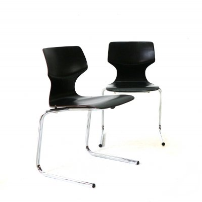 Pair of '70s Cantilever Stacking Chairs from Pagholz