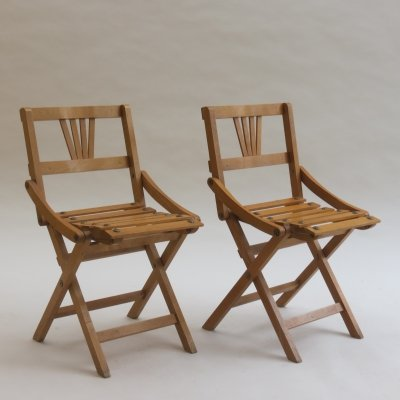 Pair of Czechoslovakia Vintage Folding Childs Chairs by Sfinx Filakova, 1940s