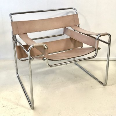 Marcel Breuer Wassily B3 Chair in Tan Leather