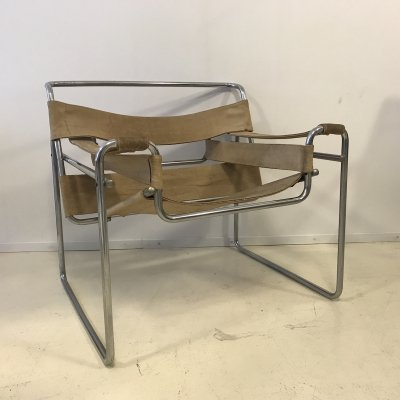 Marcel Breuer Wassily B3 Chair in Natural Canvas