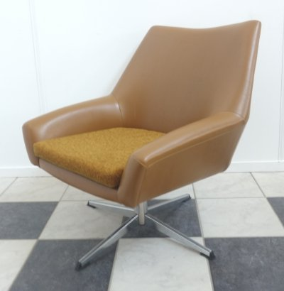 Swivel chair by VEB Möbelfabrik, 1960s