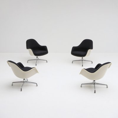 Set of four EC175-8 swiveling armchairs by Charles & Ray Eames for Herman Miller