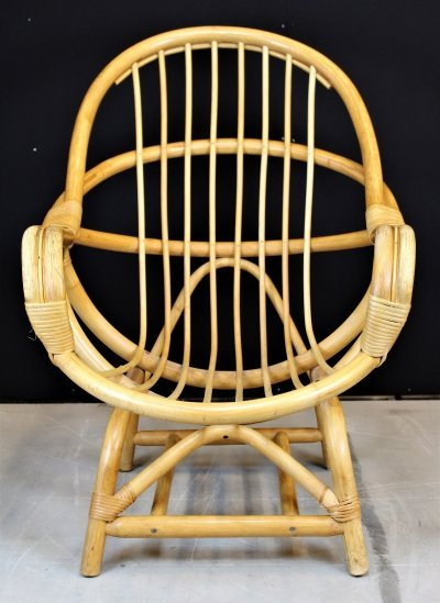 Vintage bamboo lounge chair
