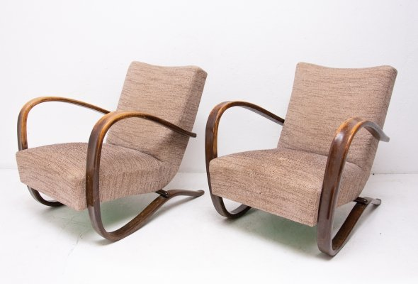 Pair of Lounge bentwood 'H-269' armchairs by Jindrich Halabala, Czechoslovakia
