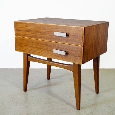 Little vintage chest of drawer in Scandinavian design