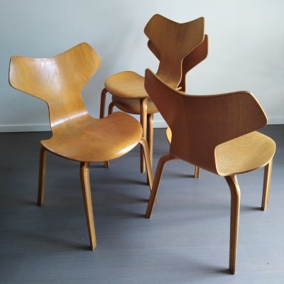 Set of 4 Grand Prix dining chairs by Arne Jacobsen for Fritz Hansen, 1950s