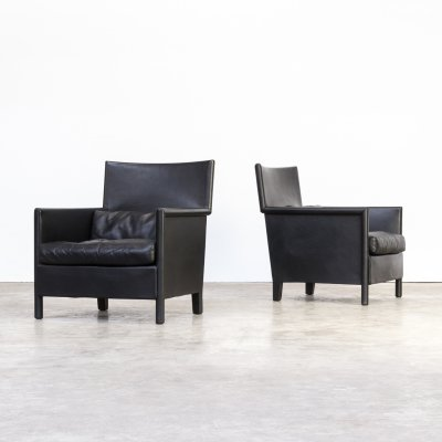 Pair of Molteni & C black leather lounge chairs, 1990s