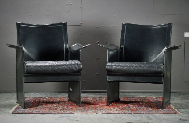 Pair of black leather Korium chairs by Tito Agnoli for Matteo Grassi, 1990s