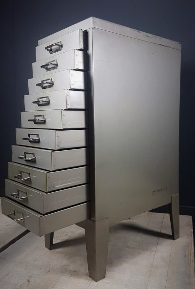 Industrial feeted grey chest of drawers