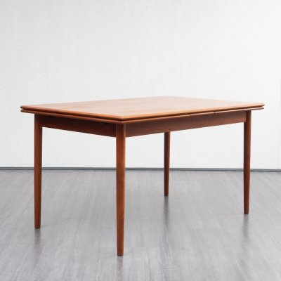 Extendable (131-239cm) teak dining table with rounded edges, 1960s