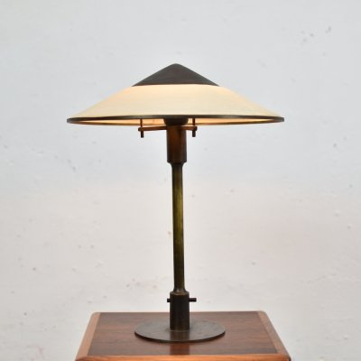 Ultra rare 'T3' table lamp by Niels Rasmussen Thykier, Denmark 1929