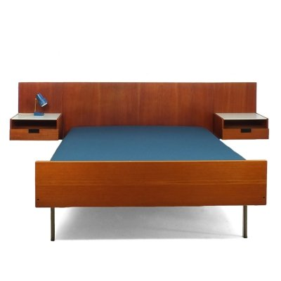 Cees Braakman for Pastoe Japanese series (U +N) double teak bed with a teak wall panel & two bedside tables
