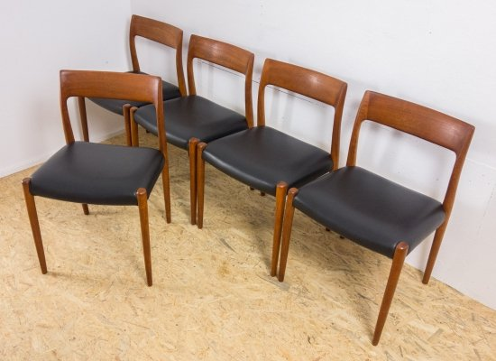 Set of 5 'Model 77' Niels Otto Møller chairs in teak, 1960s