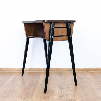600-203 side table, 1970s