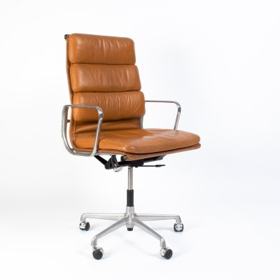 Charles & Ray Eames for Herman Miller EA219 office chair in Cognac Leather, 1970's