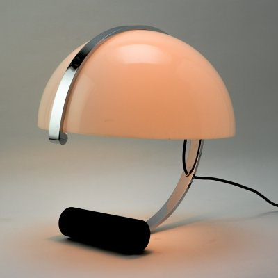 Italian Design Globe Shaped Plexiglass Table Lamp by Stilnovo for Artimeta, 1960