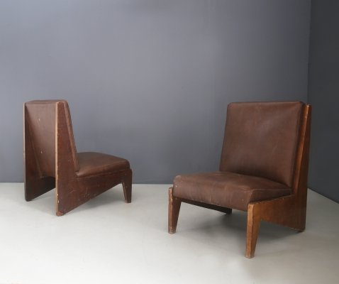 Unique Pair of mid-century Italian armchairs in walnut & leather