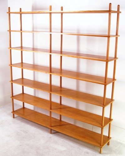 Large mid-century shelving unit by Willem Lutjens for Gouda den Boer