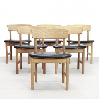 Set of 6 Oak & black leather Borge Mogensen dining chairs