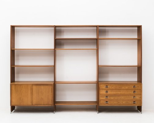 Free standing wall unit 'RY 100' by Hans Wegner for Ry Møbler, 1950s