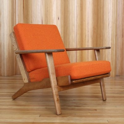Hans Wegner model GE290 oak lounge chair by Getama Denmark