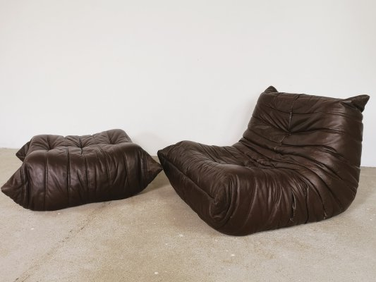 Brown leather Togo seat & pouf by Michel Ducaroy for Ligne Roset