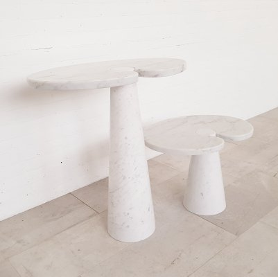 Set of 2 Carrara marble side tables by Mangiarotti, 1970s