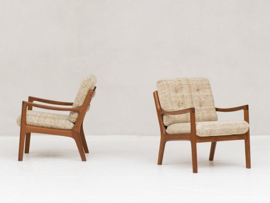 Pair of Model 166 / Senator series arm chairs by Ole Wanscher for Cado, 1950s