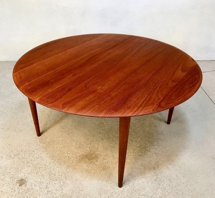 Minerva Solid Teak Coffee Table by Hvidt & Mølgaard for France & Søn, 1960s