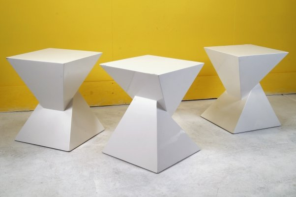 White Laquered Pyramide sidetables, 1970s