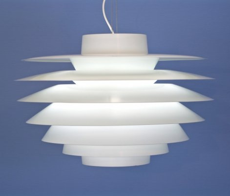 Danish XXXL pendant 'Verona' in white by Sven Middelboe for Nordisk Solar, 1970s