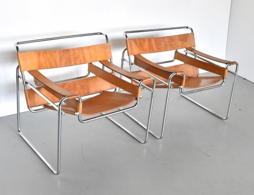 Pair of Wassily B3 lounge chairs by Marcel Breuer for Fasem, 1970s