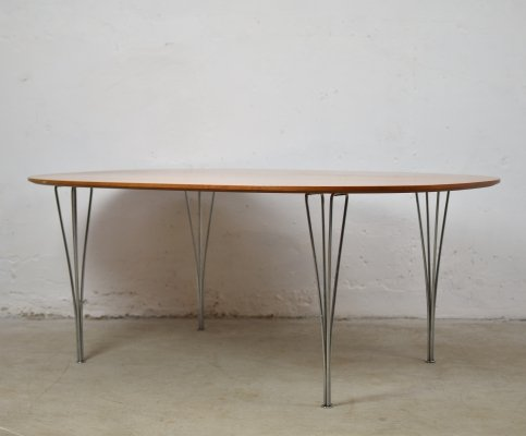 Super Ellipse table by Bruno Mathsson & Piet Hein for Fritz Hansen, Denmark 1999