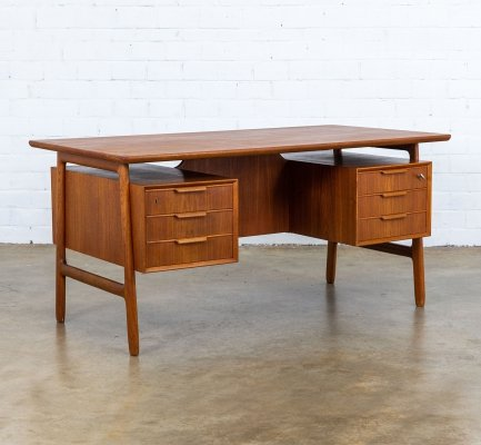 Model 75 writing desk by Gunni Omann for Omann Jun Møbelfabrik, 1960s