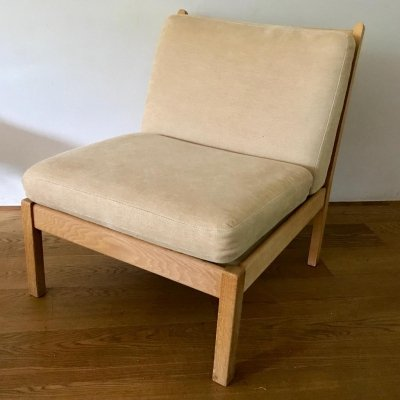 Easy chair by Hans Wegner for Getama (marked 09902)