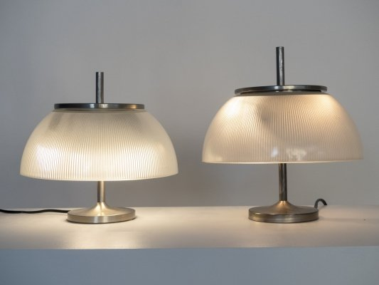 Pair of 'Alfetta' table lamp by Sergio Mazza for Artemide, 1960s