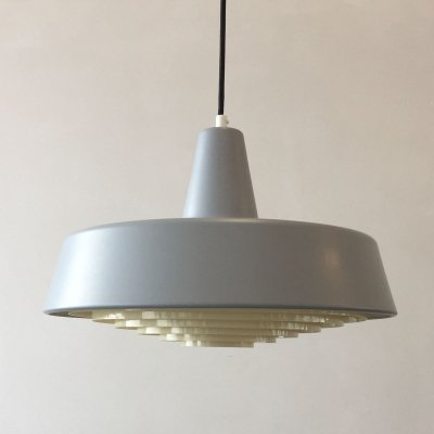 Midpunktpendel Hanging lamp by Louis Poulsen, Denmark 1967
